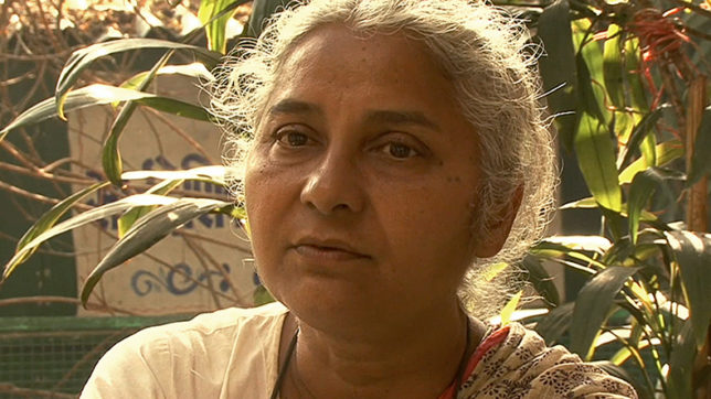 Medha Patkar removed by police from protest site