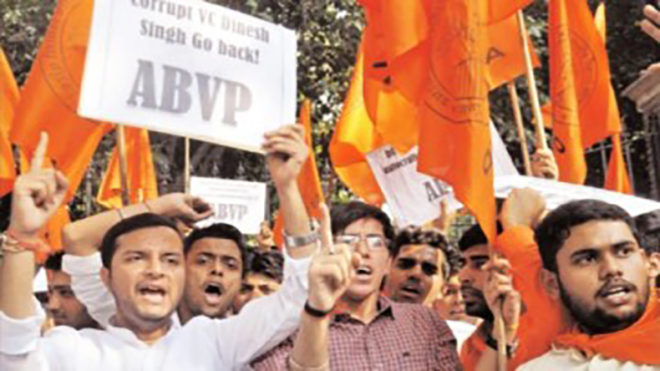 Massive protests outside Ramjas College, ABVP holds 'Tiranga march' across Delhi