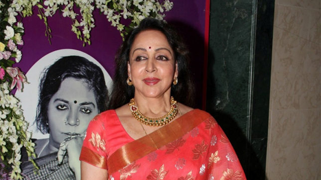 Hema Malini constantly thinks out of the box: Ashutosh Gowarikar