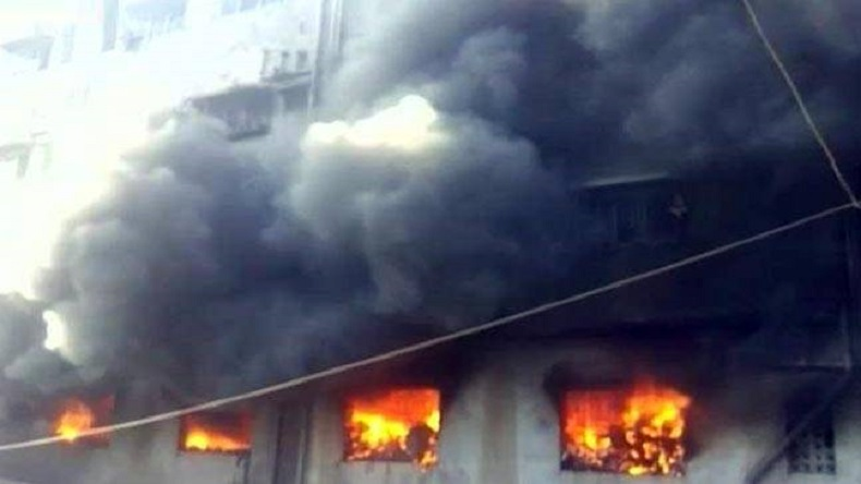 Fire breaks out at tyre factory in Bhiwandi