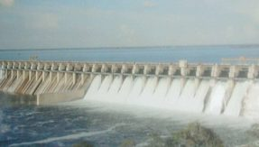 Water commission signs MoUs with IIT, IIS on dam safety