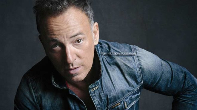 Bruce Springsteen 'embarrassed' to be American