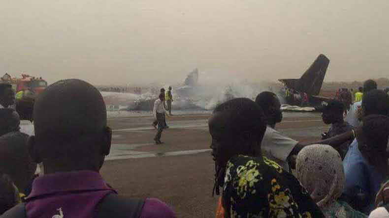 Passenger-plane-crashes-into-runway-in-South-Sudan,-all-44-onboard-dead
