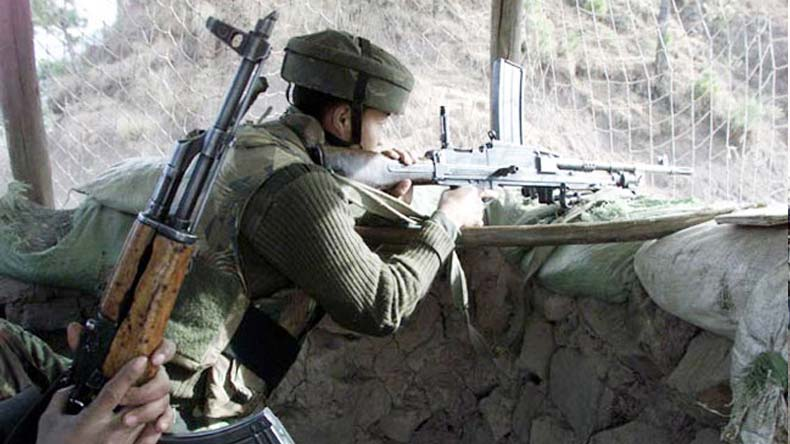 India, Pakistan trade heavy firing along LoC in Poonch