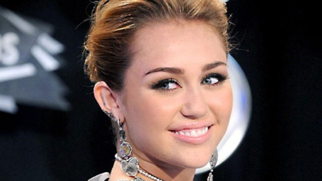 Miley Cyrus gets candid about marriage lessons learnt from parents
