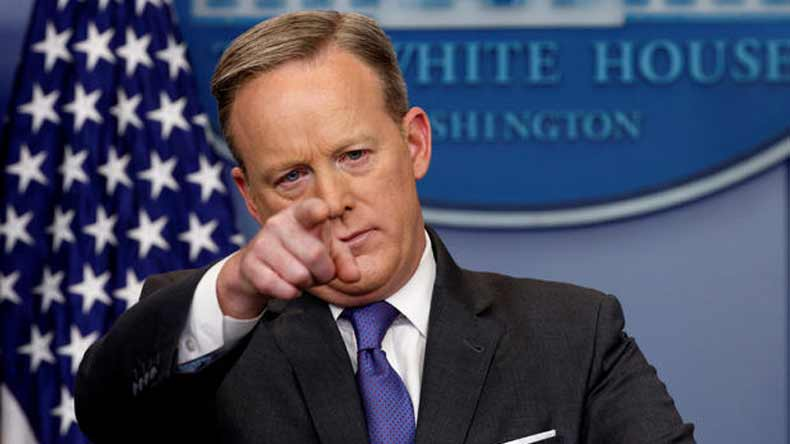 Trump refuses to commit to Sean Spicer when pressed by Fox News