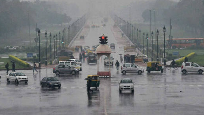 Partly cloudy Friday morning in Delhi, rain expected