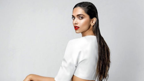 After Maxim photoshoot, Deepika Padukone posts another photo to shush haters