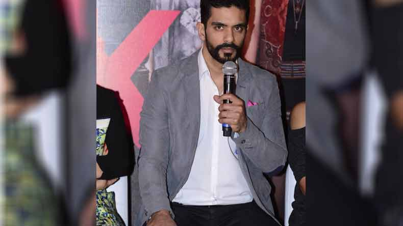 """""""My cricketing background helped me in 'Inside Edge'"""", says actor Angad Bedi"""
