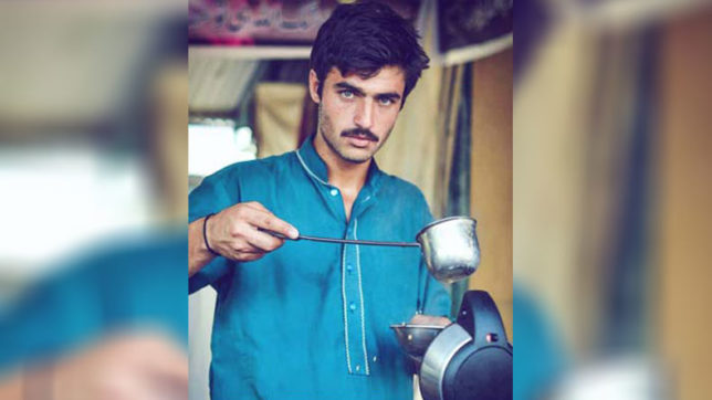 Pakistan disowns blue-eyed chaiwala; claims internet sensation from Afghanistan
