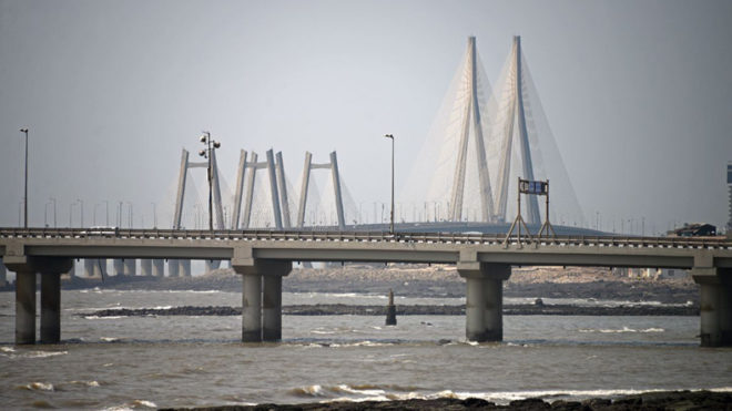 Heartbroken businessman jumps off Bandra-Worli sea link