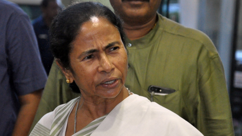 GST is a 'jailbandi' for businessmen after 'notebandi': Mamata Banerjee