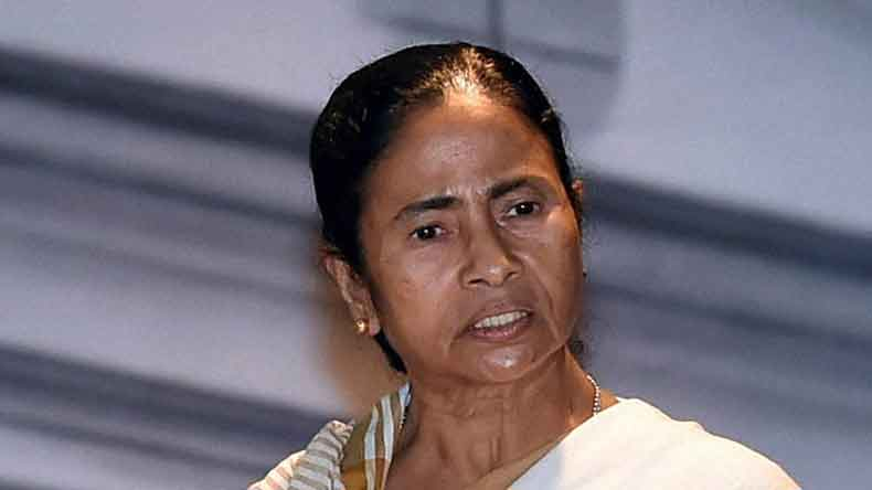 Mamata asks opposition to unite against BJP for the 'sake of country'