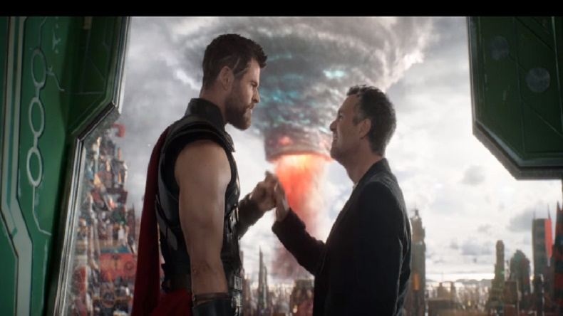 New Thor: Ragnarok trailer unveiled! Hulk and Loki team up against Hela to get Twitter buzzing