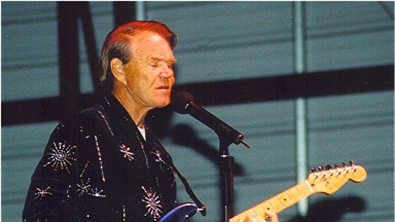 Country and pop star Glen Campbell dies at 81
