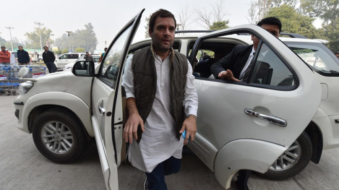Gorakhpur deaths: Rahul Gandhi meets bereaved families, expresses sympathy