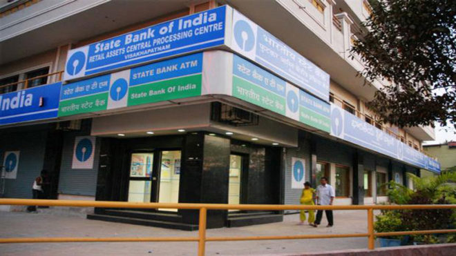 SBI lowers minimum account balance from Rs 5,000 to Rs 3,000