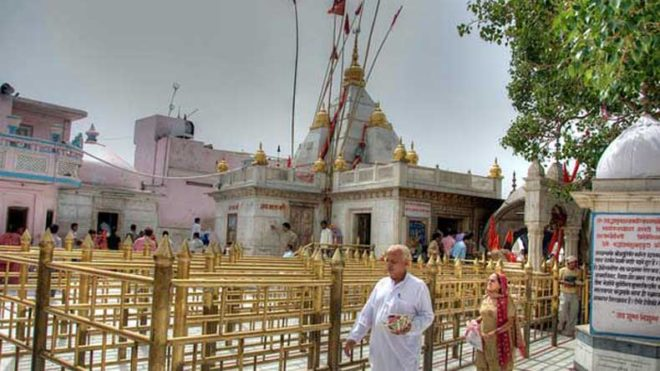 Devotees throng Himachal temples for Navratri