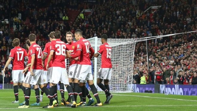 Manchester United register record revenue and profits as club returns to CL