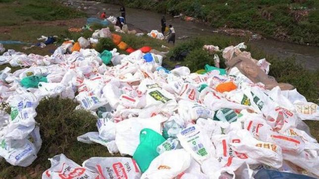 Sri Lanka bans plastic shopping bags