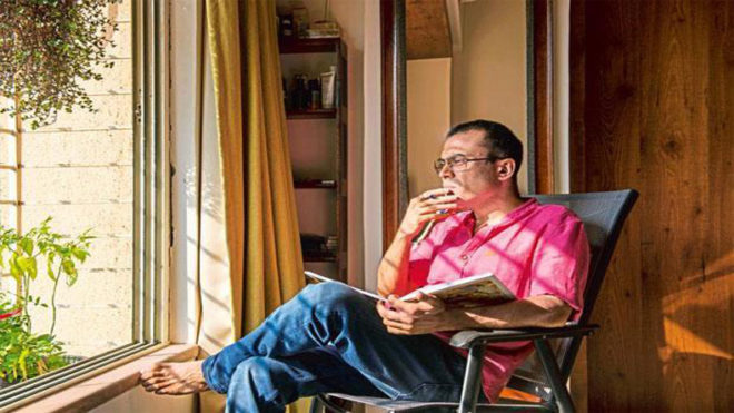 There's pressure to create a hook line in every song: Amitabh Bhattacharya