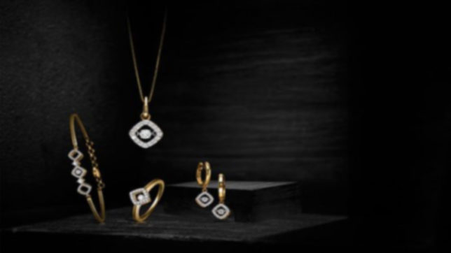 Tips to include diamonds in day to day look without being flashy