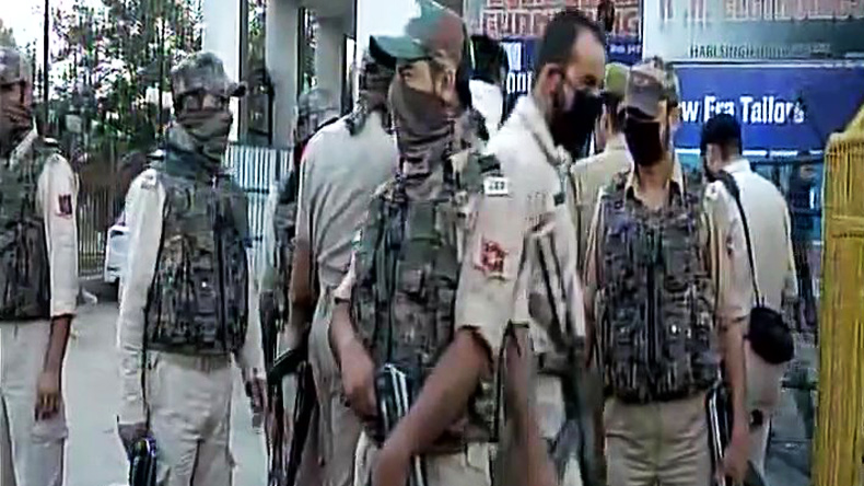 1 civilian dies, many injured in Kashmir grenade attack