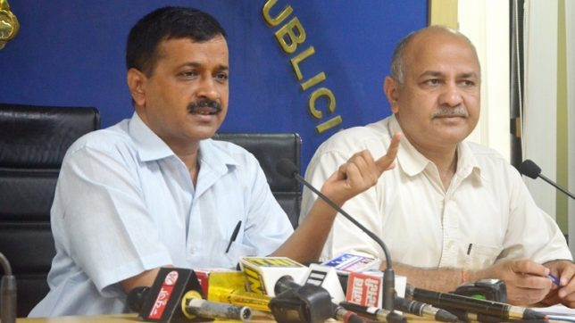 New Delhi: Delhi Chief Minister Arvind Kejriwal along with Deputy Chief Minister Manish Sisodia during a press conference in New Delhi on Aug 18, 2017. (Photo: IANS)