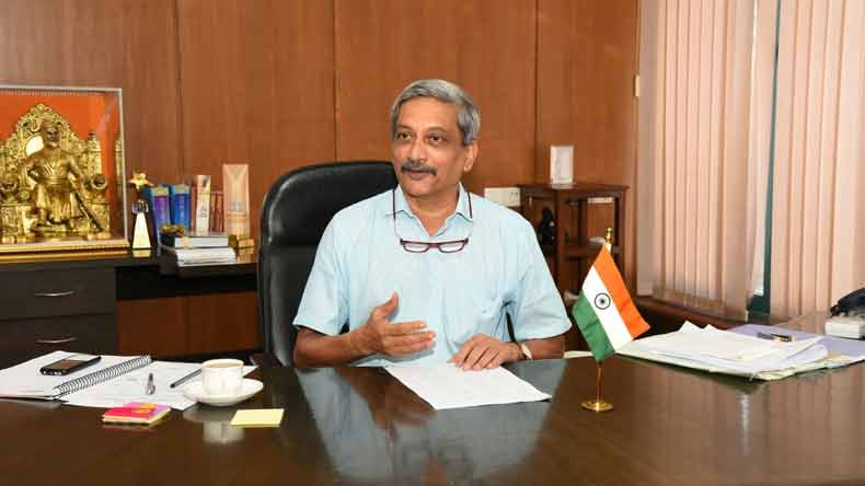 Goa Chief Minister Manohar Parrikar wants plastic cups, plates shunned