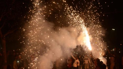 Diwali pollution 2017: How many cigarettes will you be smoking in the garb of bursting crackers?