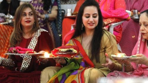 Karwa Chauth 2017: Shed those extra pounds with these easy to follow tips