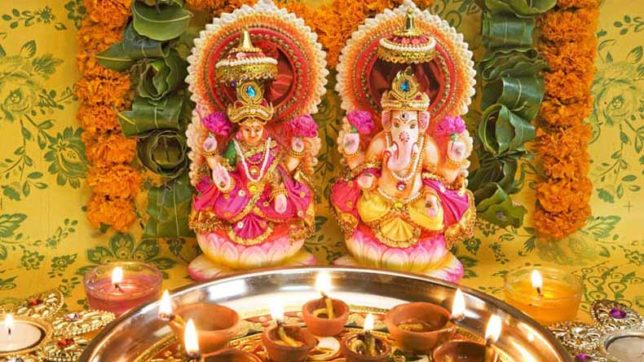 Diwali Puja 2017: Try these solutions after performing Lakshmi puja for a prosperous year ahead