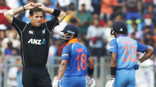 India vs New Zealand, First ODI live score updates: Virat Kohli's century helps India post moderate 280 in 50 overs