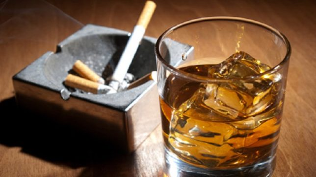 Smoking, drinking may cause failures in dental fillings