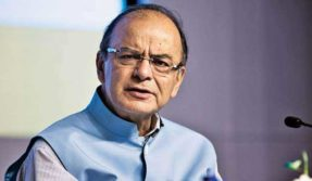 Congress calls Arun Jaitley's comments on Patel quota issue laughable