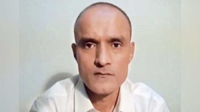 Kulbhushan Jadhav's mother, wife to meet him in Pakistan on December 25
