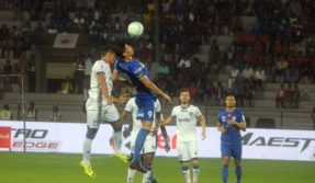 ISL: Mumbai City end Chennaiyin FC's winning streak with Achille Emana's penalty