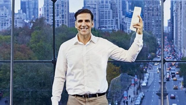 Padman trailer: B'town celebrities are all praises for Akshay Kumar's film