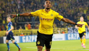 Pierre-Emerick Aubameyang pushing for Arsenal transfer with father in London to negotiate terms