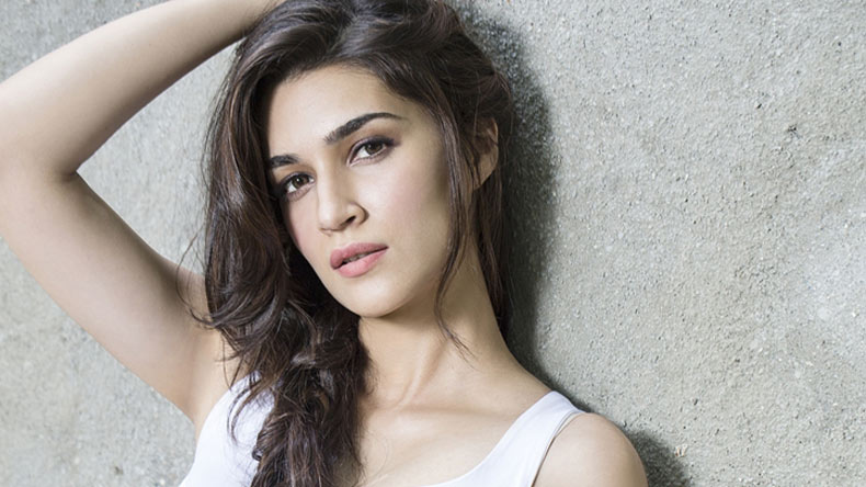 Kriti Sanon, Women's Day, Instagram, Dilwale, Raabta, social media, Bollywood, stereotypes, Women Rights, Streets, Safety, Empowerment, Women equality, Rights, Video, Entertainment News, Latest News