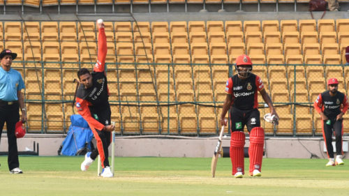 5)-Royal-Challengers-Bangalore-during-practice-session-ahead-of-IPL-2017