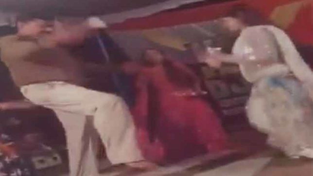 Drunk UP policeman caught dancing on duty at an event in Shravasti district
