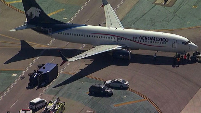 8 injured in Los Angeles airport collision