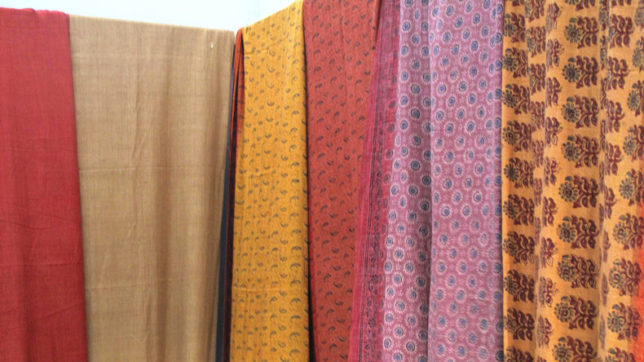 Stay fashionable with khadi in summer