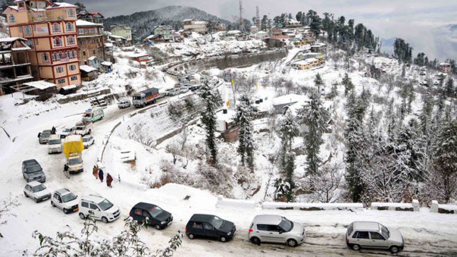 Cabbies end strike in Manali