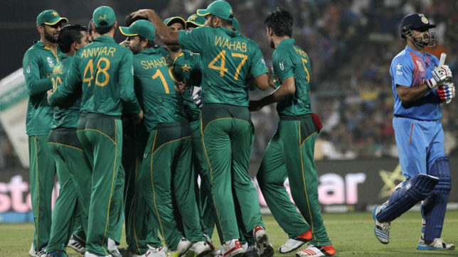 Indian cricket team's Bangladeshi fan commits suicide on team's defeat