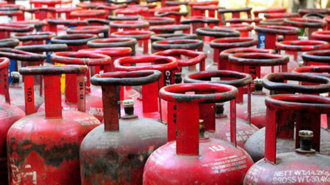 Congress wants GST on LPG gas cylinder rolled back
