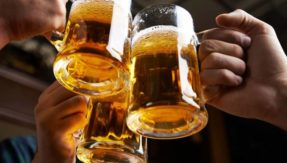 Love chugging beer? Get your beer etiquette right