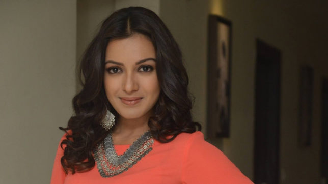 Catherine Tresa in Telugu remake of 'Bogan'