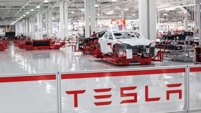 Tesla opens 2 Supercharger stations in US